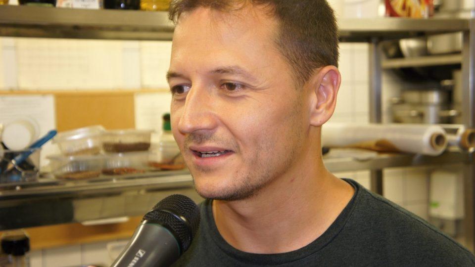 Vojtěch Bernatský při rozhovoru