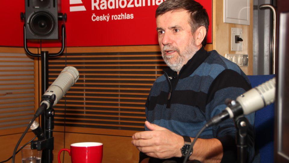Historik a spisovatel Vlastimil Vondruška byl hostem Radiožurnálu