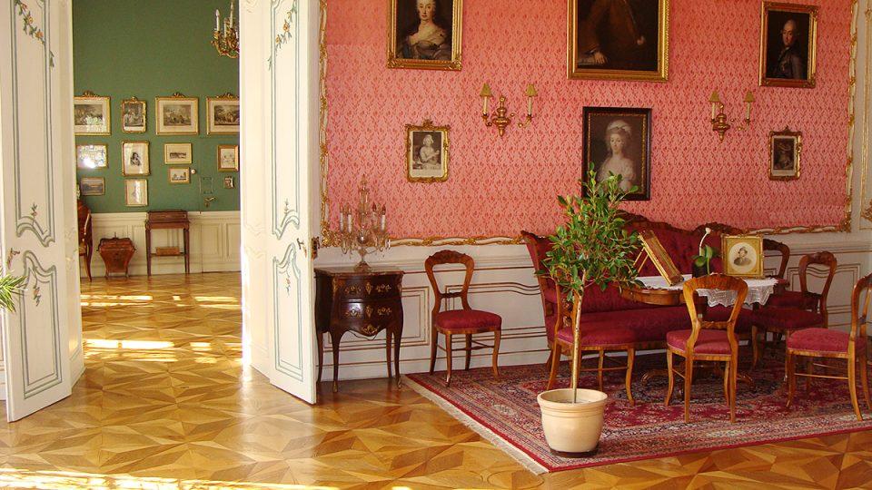 Expozice slatiňanského zámku