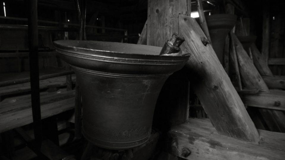 Nejmenší z obrácených zvonů - Jiří