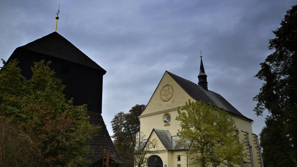 Zvonice s kostelem sv. Václava