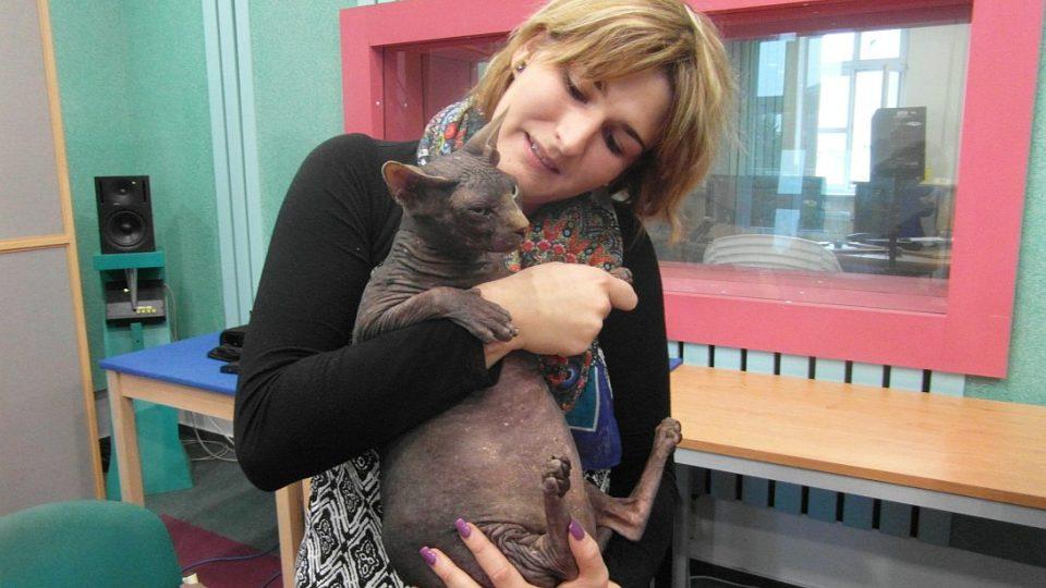 Nahé kočky v našem studiu! Včetně Soni Kubcové, chovatelky bezsrstých koček!