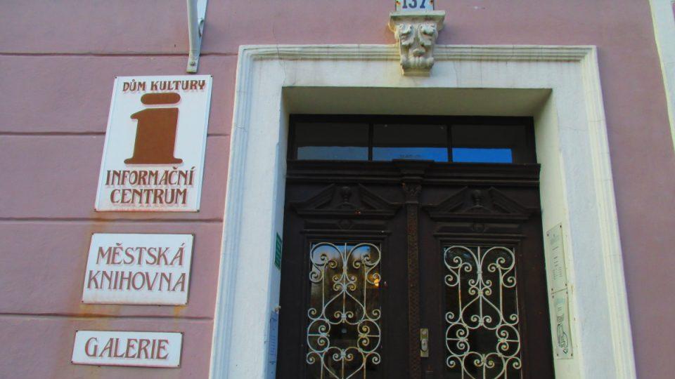 Po radnici nejdůležitější dům na náměstí