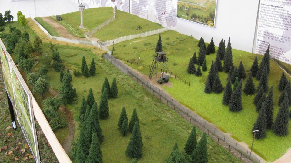 Výstava k 25. výročí pádu železné opony