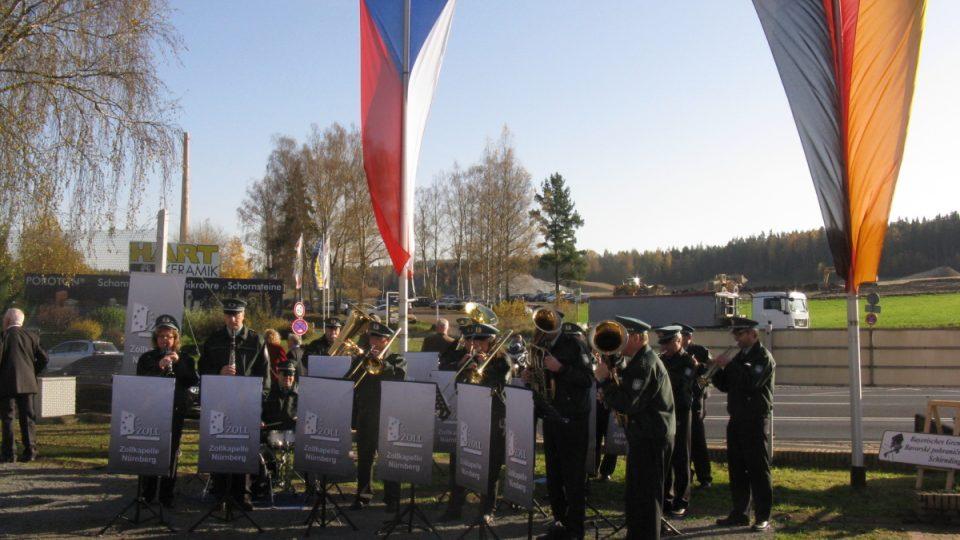 Na česko-německé hranici u Chebu si lidé připomněli 25 let od pádu železné opony