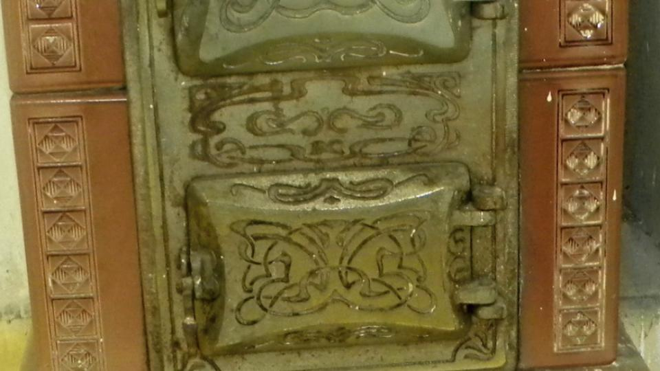 Původní kachlová kamna