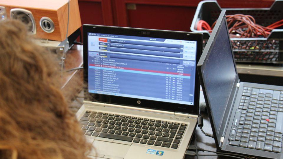 Vysíláme živě z Chotěboře, vysílací počítač