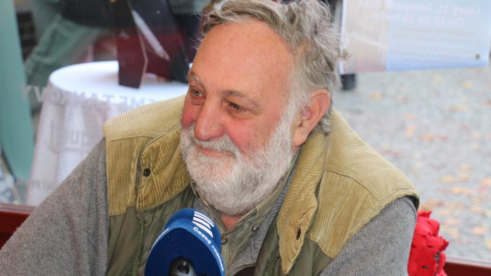 Vysíláme z Chotěboře, hrabě Jan Dobřenský u mikrofonu