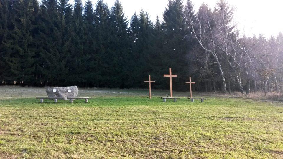 Křížová cesta na Harusův kopec