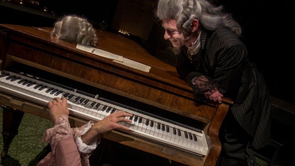 Divadlo na Vinohradech: Amadeus (Jiří Dvořák jako Salieri)