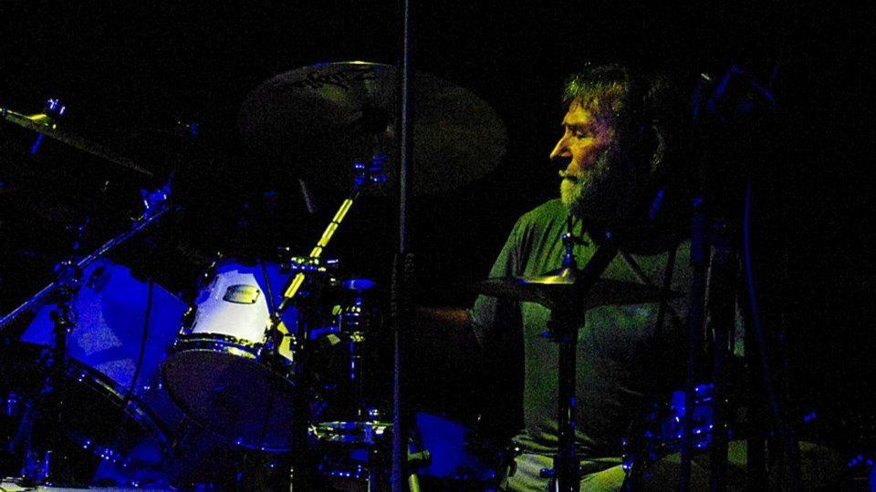 Jako přídavek vystřihl legendární sólo na bicí Jerzy Piotrowski