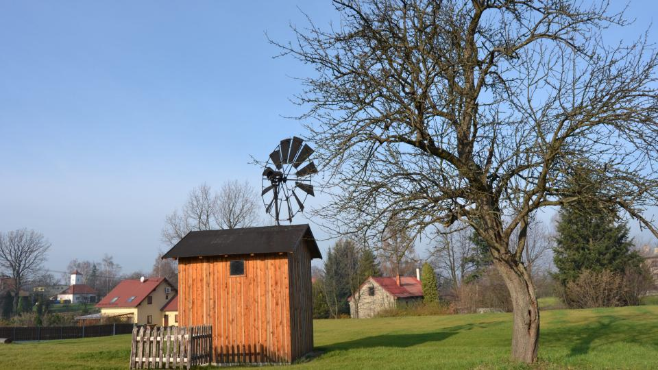 Větrný mlýnek v Řepištích