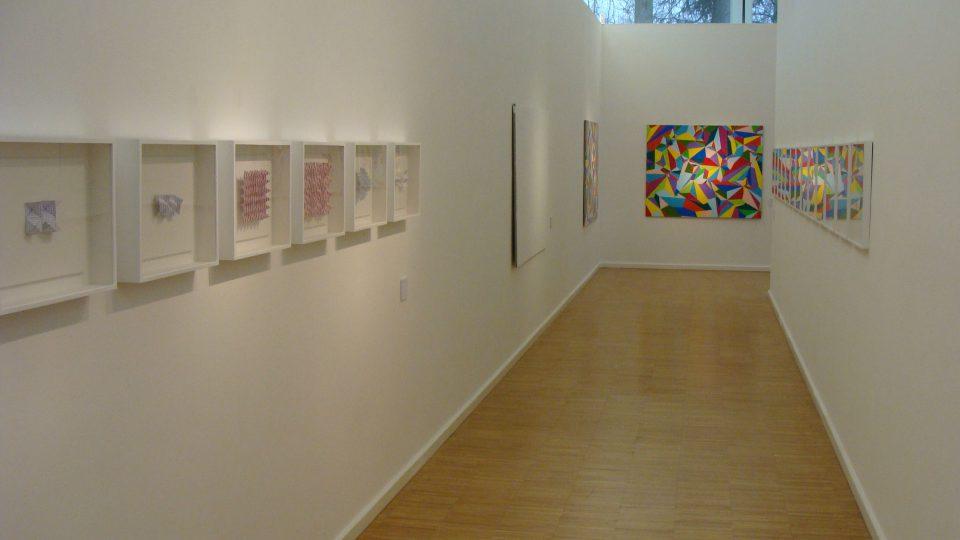 Interiér White Gallery v Osíku