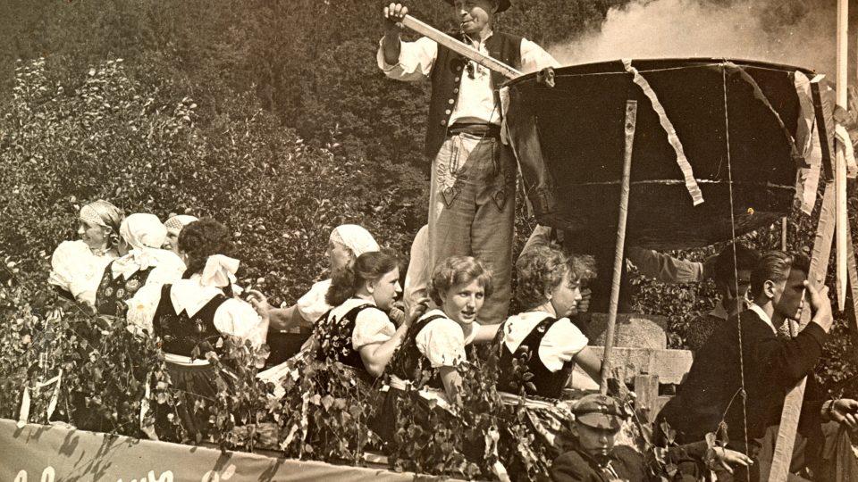Hrádecký rynik se dochoval pouze na staré fotografii