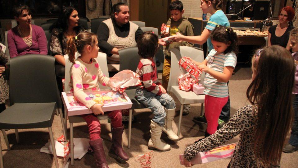 Největší radost udělaly dětem dárky