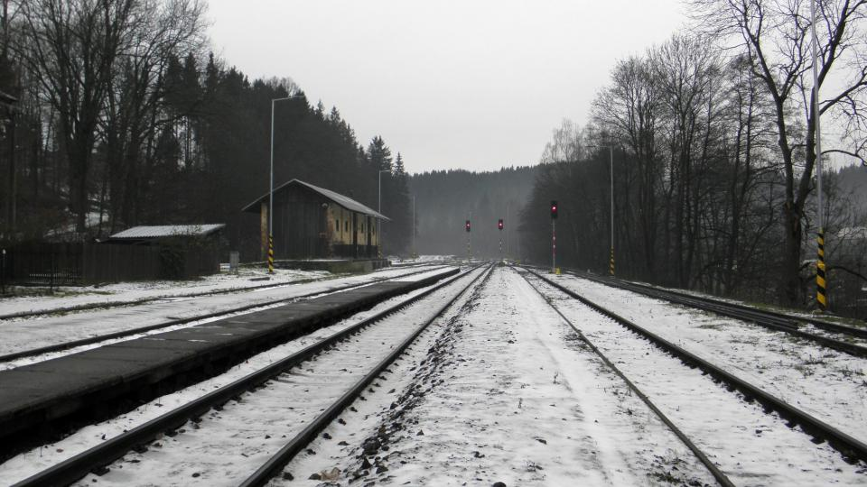 Trať v Domašově na nádraží