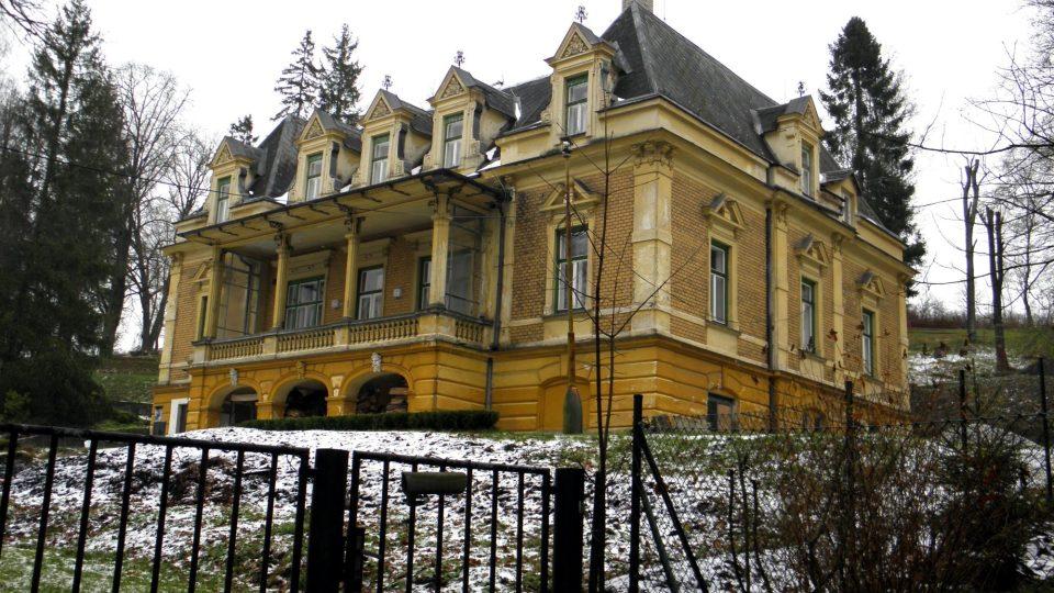 Vila Leopolda Bauera
