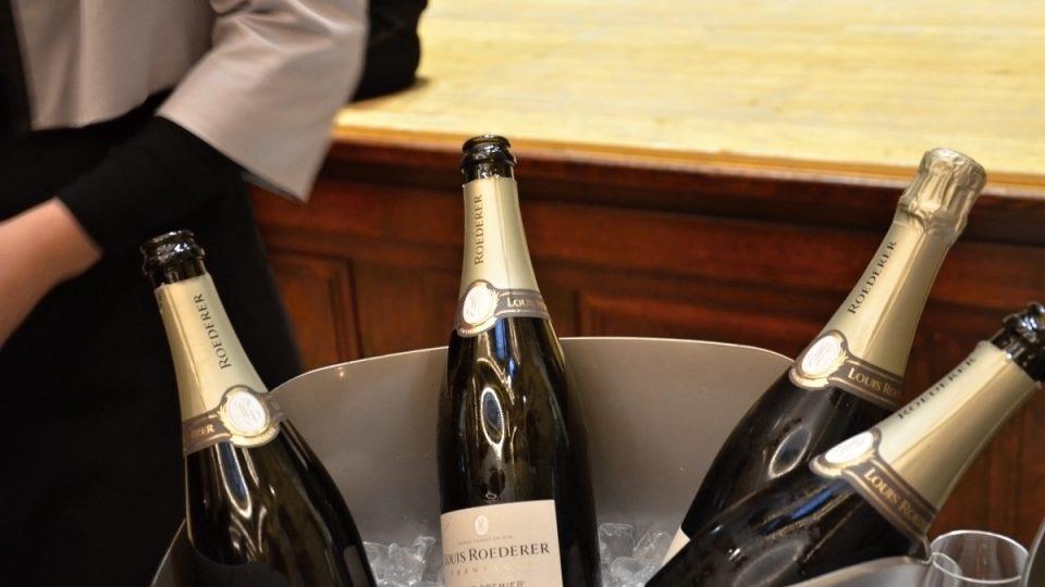 Louis Roederer - jeden ze šampaňských domů, to je historické označení pro výrobce šampaňských vín. V oblasti Champagne Ardenne je jich přes tisíc