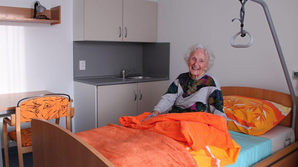Marie Píšová je v novém domově spokojená. V Bechyni žije už padesát let, poslední čtyři roky strávila v Domově seniorů