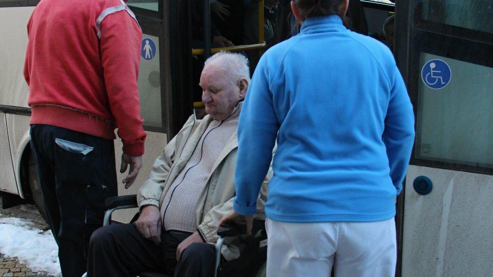 Stěhování seniorů v Bechyni