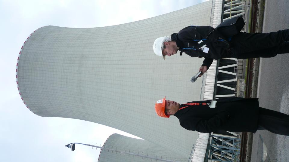 Chladicí věže mají výšku 155 metrů