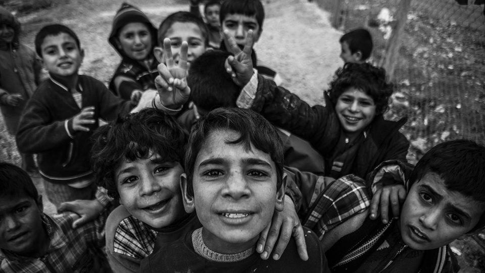 Děti z uprchlického tábora Arin Mirxan