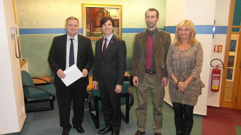 Andrew H. Schapiro - úřadující velvyslanec USA v České republice - ve studiu ČRo HK
