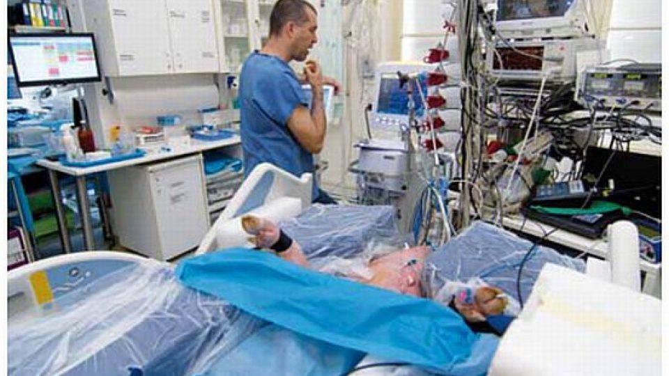 Project ICP Monitor ve Fakultní nemocnici v Hradci Králové