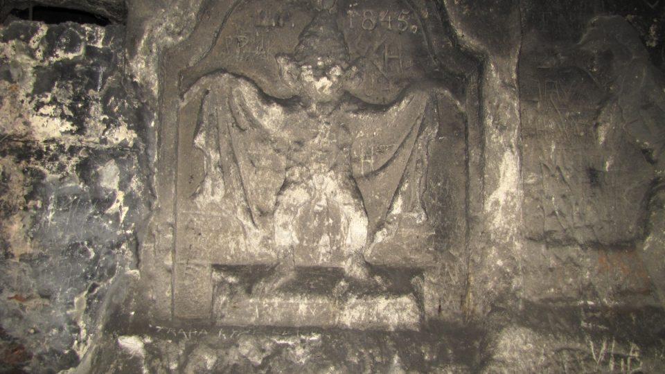 Reliéfy v jeskyni Klácelka - netopýr z Klácelovy bajky