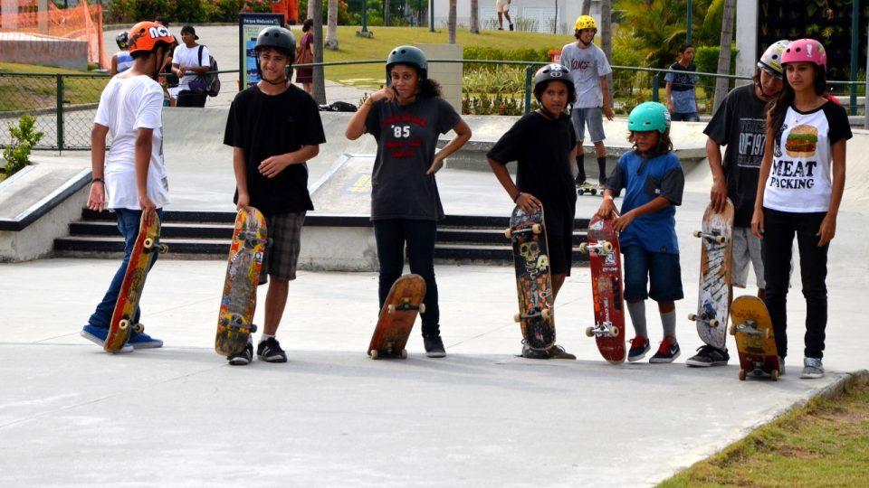 Děti si dráhu pro streetový skateboarding velmi chválí, některé před jejím vznikem ani o skateboardingu nevěděly