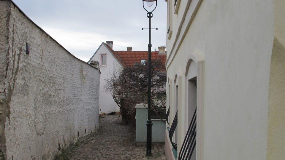 Střešovičky, replika plynové lampy
