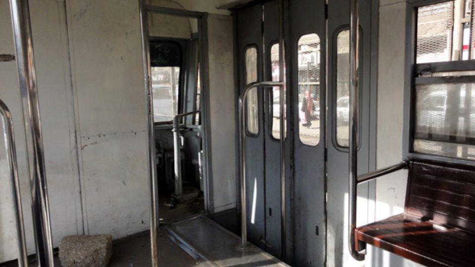 Kabina řidiče zůstává otevřená