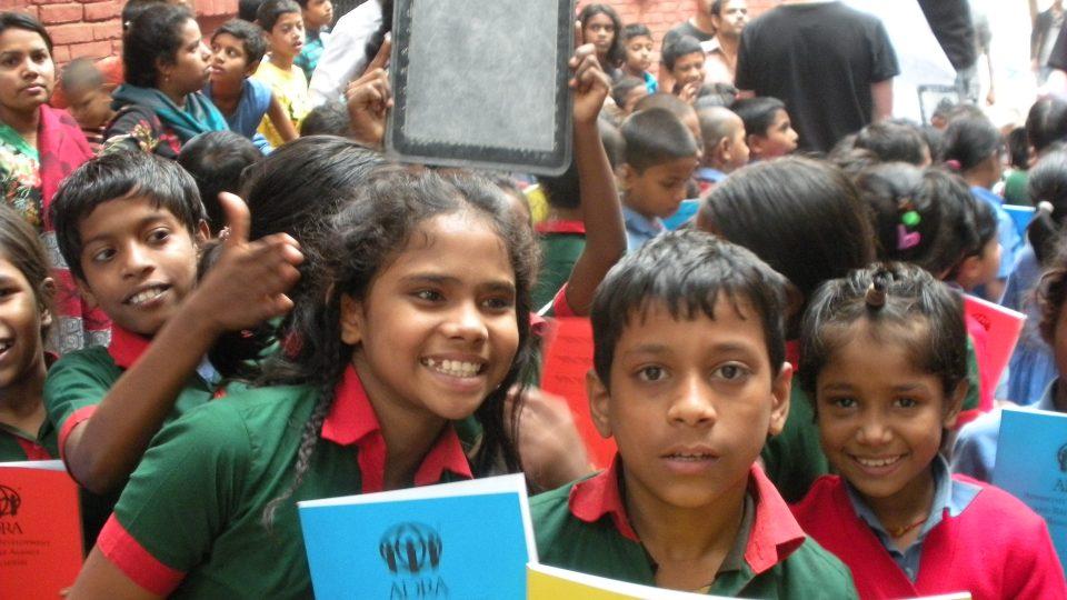 Bangladéšské děti ve slumu Čalantika