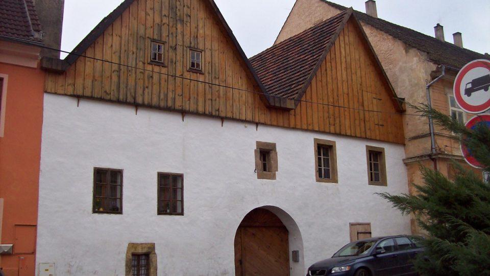 Ptačí domky v Úštěku - tzv. Gotické dvojče