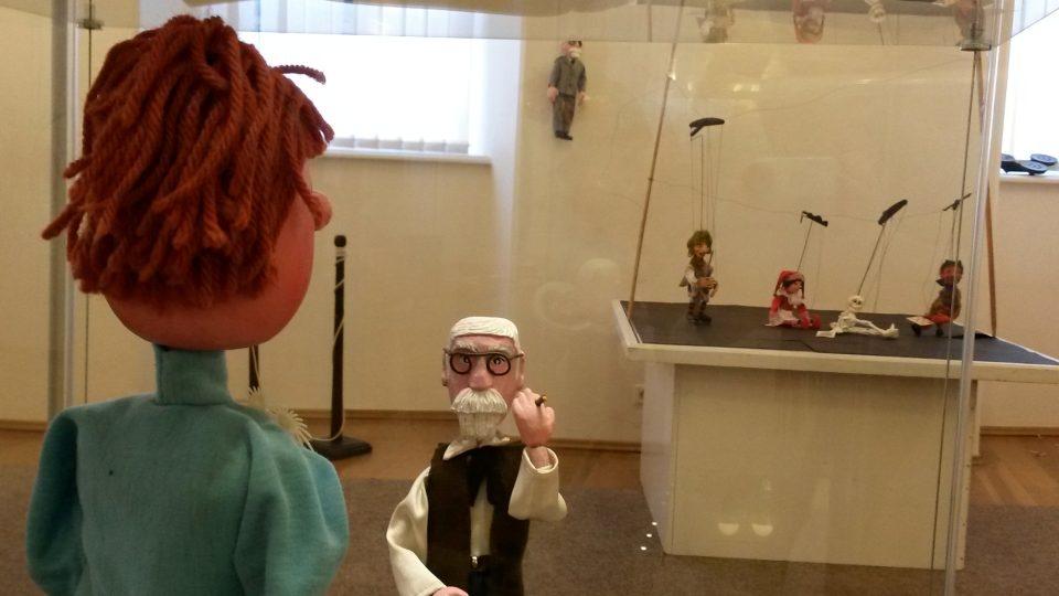 Loutky v příborské pobočce Muzea Novojičínska, zdraví vás Sigmund Freud!
