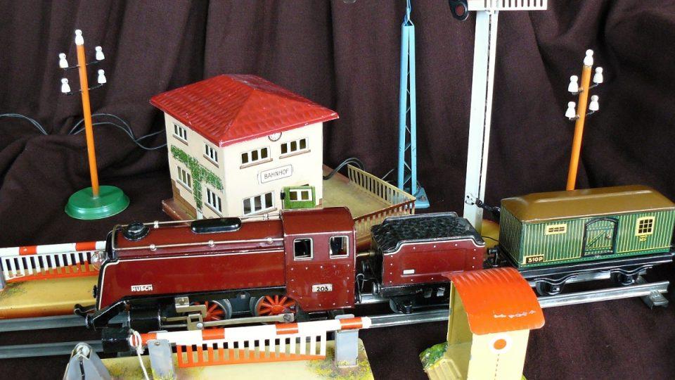 Historické hračky firmy Husch