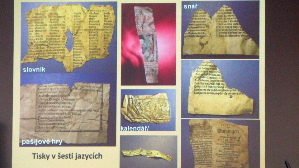 V přednášce Jana Frolíka se účastníci kolokvia dozvěděli o nejzajímavějších nálezech ve Vladislavském sále Pražského hradu