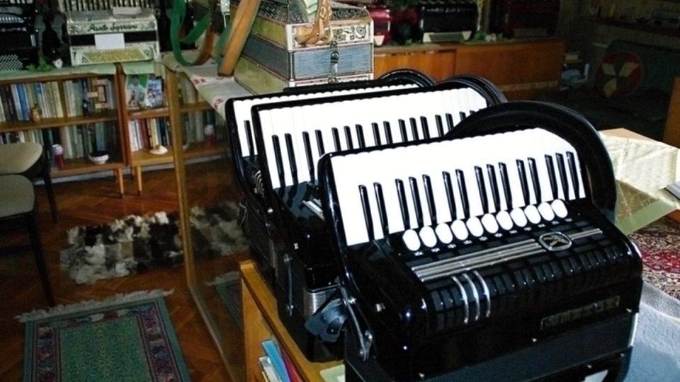 Klávesové chromatické harmoniky