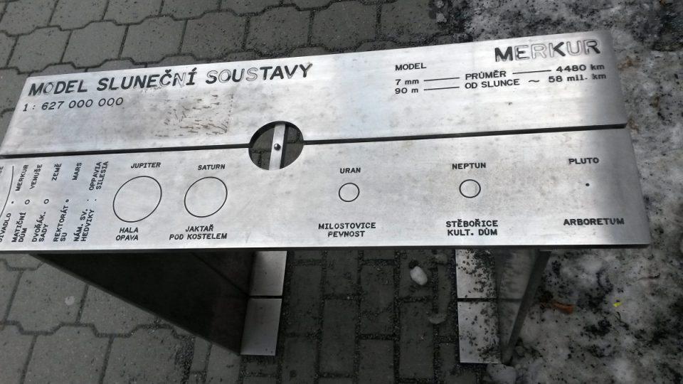 Model Merkuru u Slezského divadla v Opavě