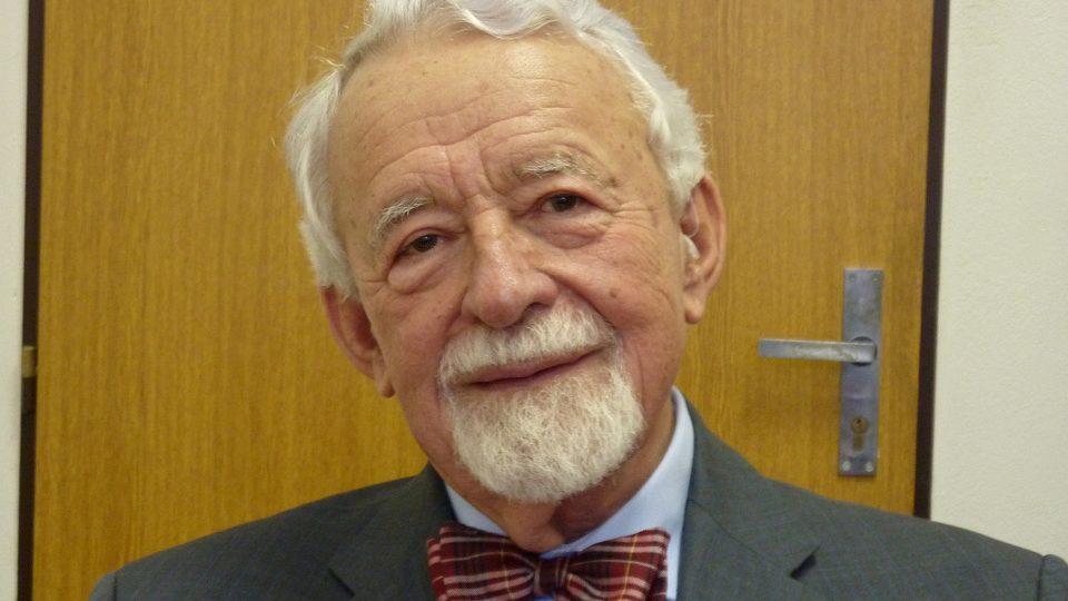 Profesor Jiří Jindra, specialista na historii obchodu