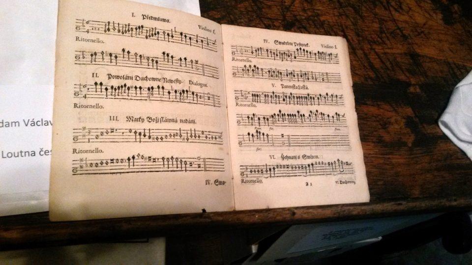 Originální notový zápis Loutny české pro housle