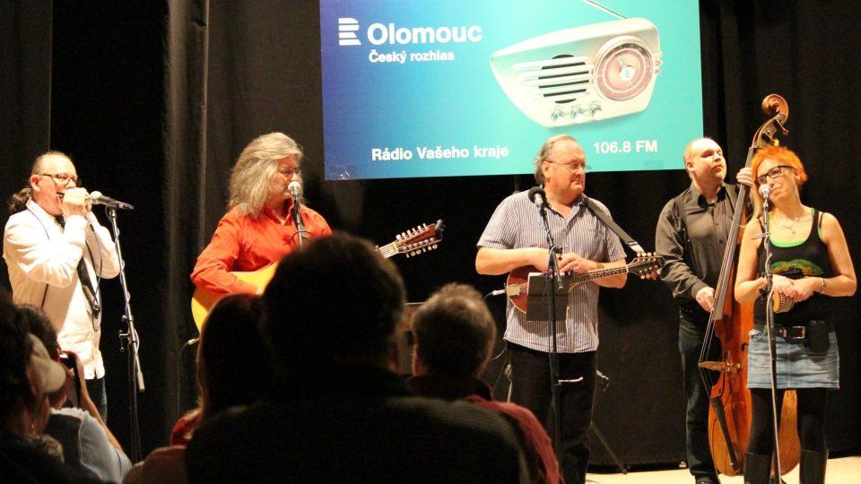 Kvokál ve Velkém studiu Českého rozhlasu Olomouc