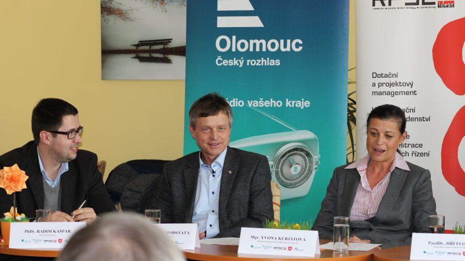 Z tiskové konference