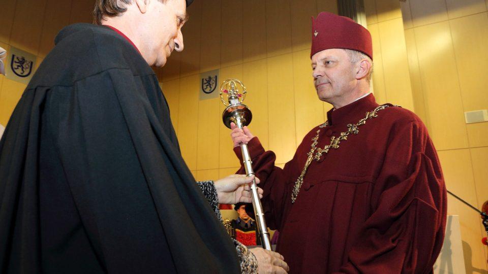 Nový rektor Západočeské univerzity v Plzni Miroslav Holeček