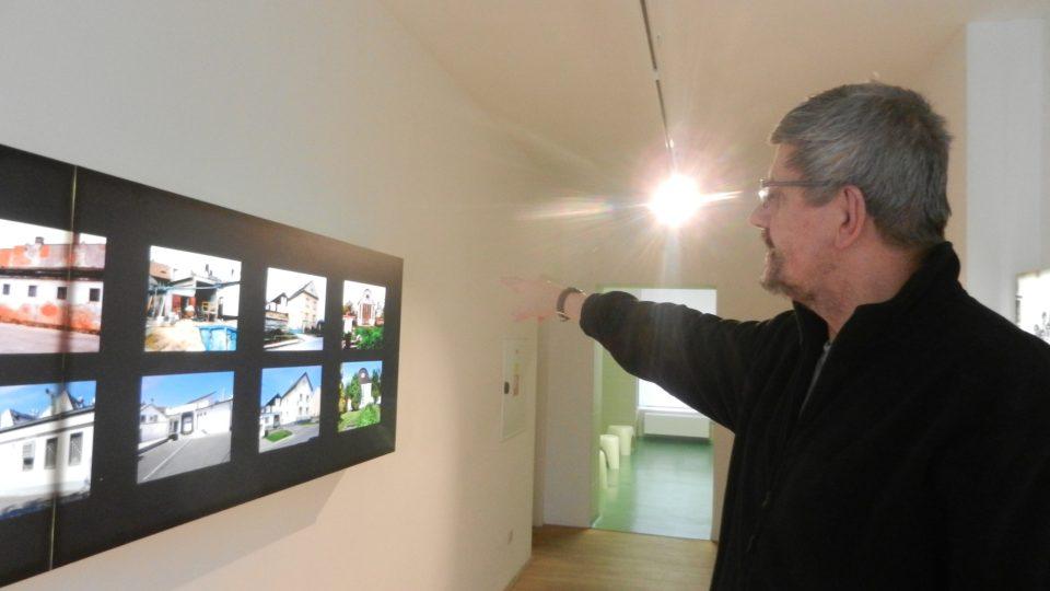 Pavel Pospěch při výkladu v muzeu