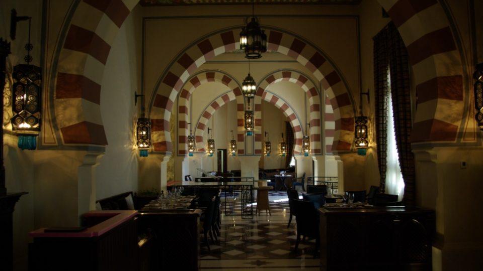 Hotel postavený před více než sto lety má romanticky orientální interiéry