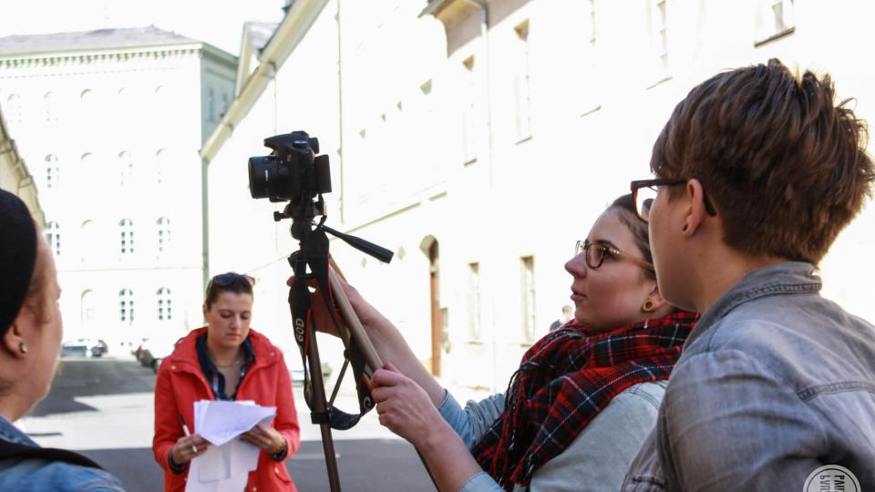 Filmový týdeník pro Opavského páva, Academia film Olomouc