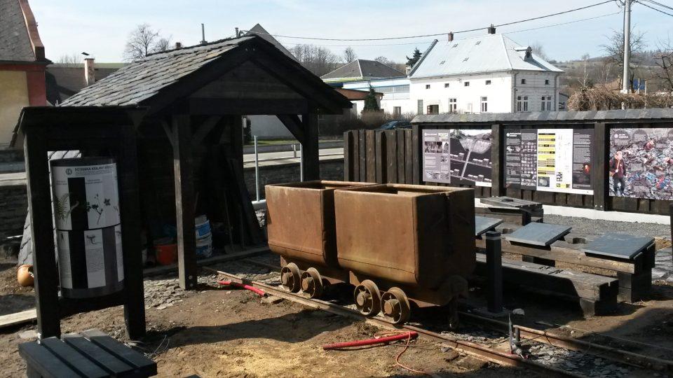 Důlní vozíky
