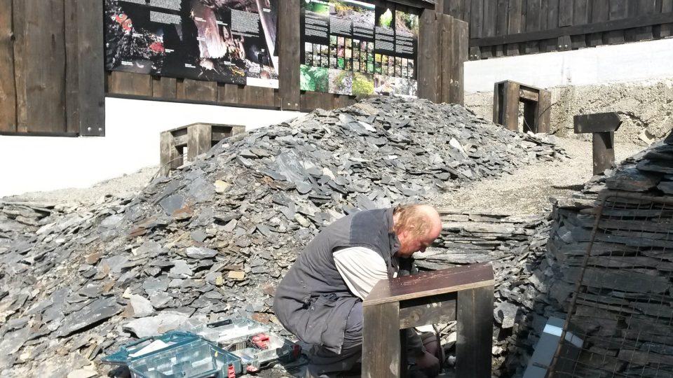 Břidlicová halda během rekonstrukce