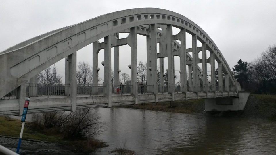 Most Sokolovských hrdinů v Karviné-Darkově